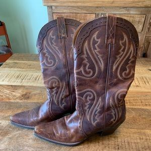 Ariat Heritage Western X Toe Boot size 9.5B